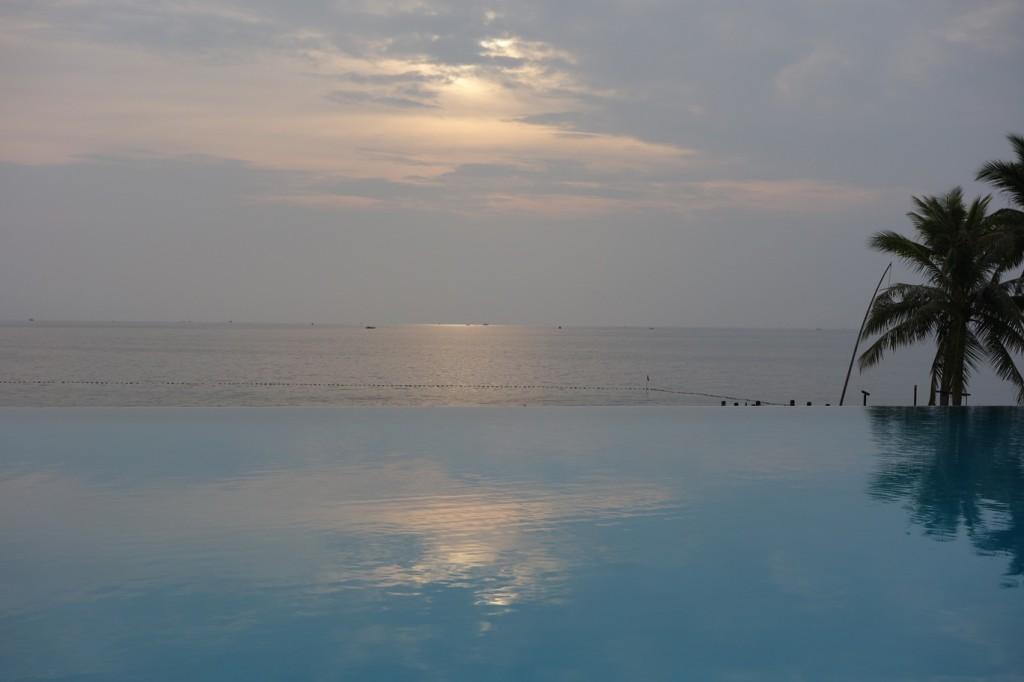 Centara Chen Sea