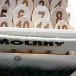 Outdoorspiel Mölkky von Amigo für den Sommer