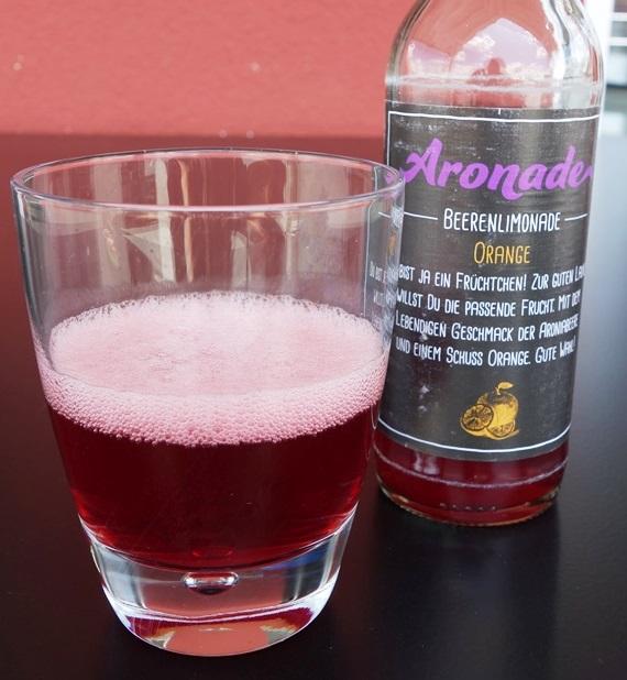 Aronade Beerenlimonade