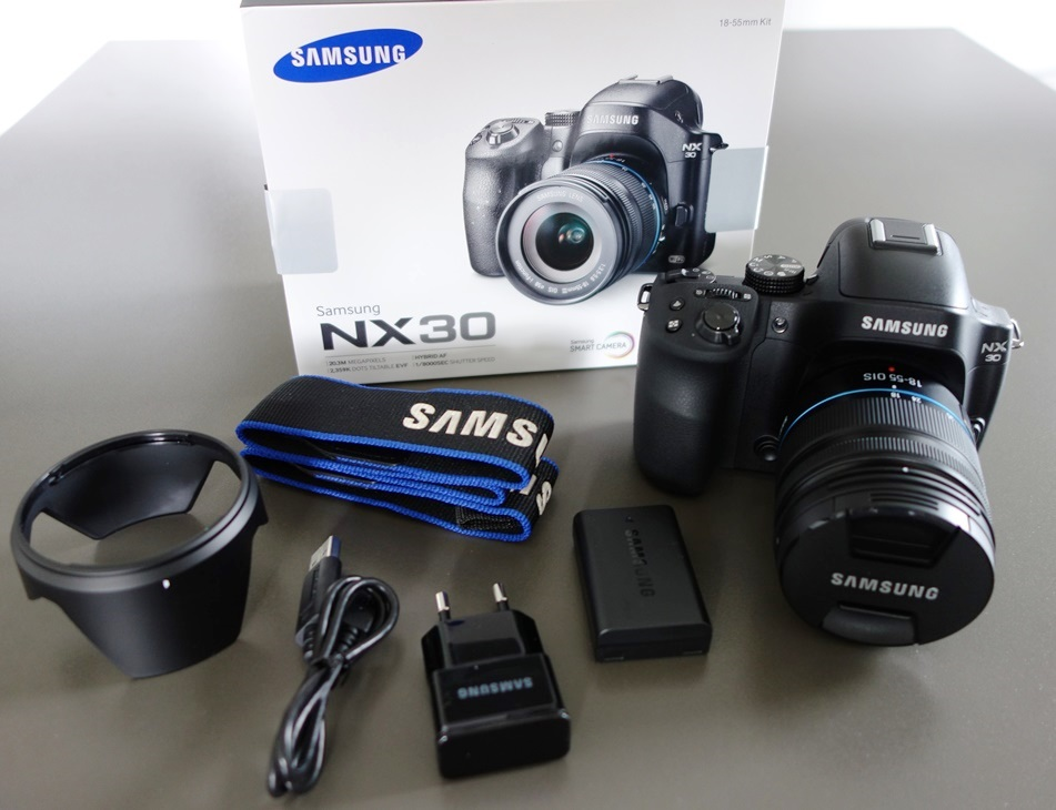 Samsung NX30 Camera