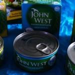 John West Thunfisch mit Angelrute gefangen