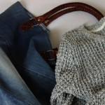 Herbstmode von Jeans Fritz: Jeans-Shopper und Pullover als perfekte Kombi