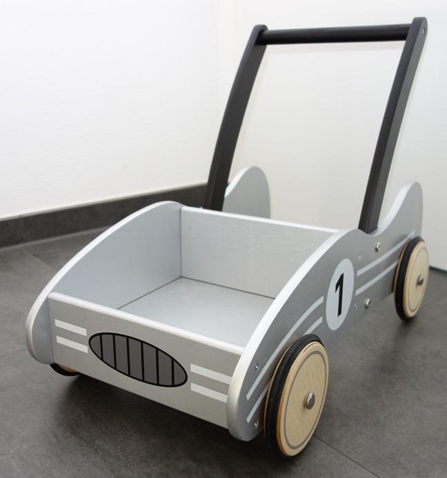 lauflernwagen von pinolino im test testgiraffe de. Black Bedroom Furniture Sets. Home Design Ideas